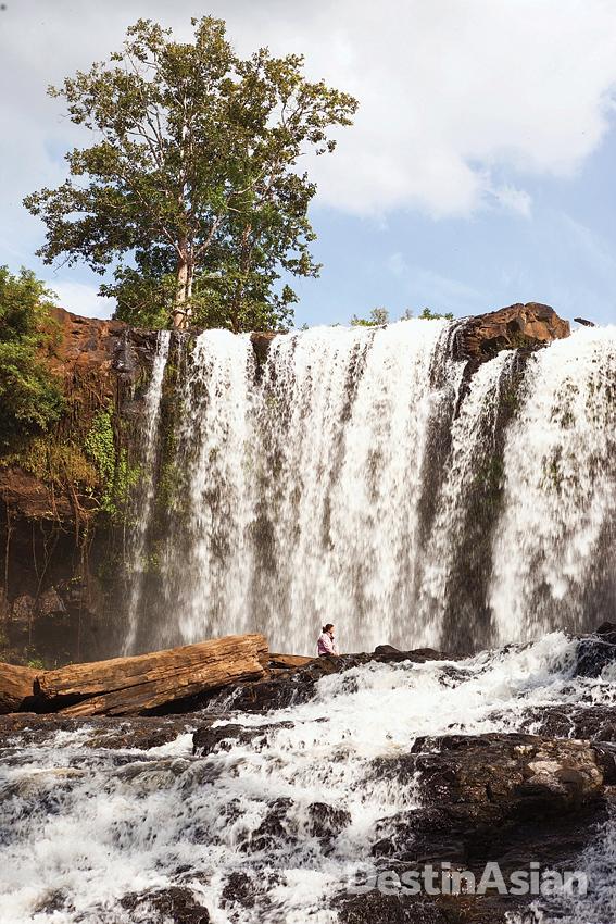 Mondulkiri's most dramatic waterfall, Bou Sra.