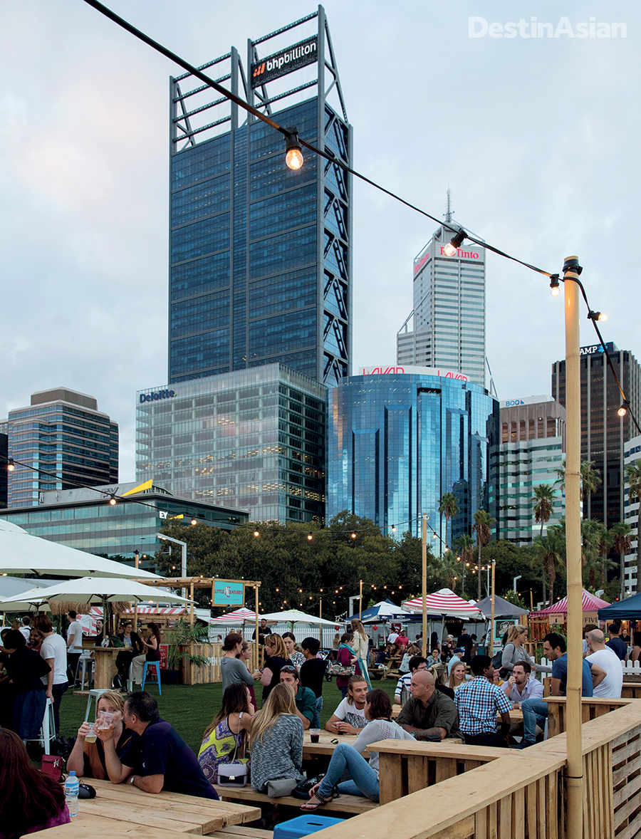 Sunset crowds at Elizaebeth Quay, Perth's new waterfront development.