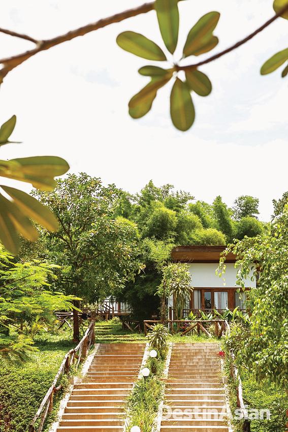A villa at the nearby Mayura Hill Hotel & Resort.
