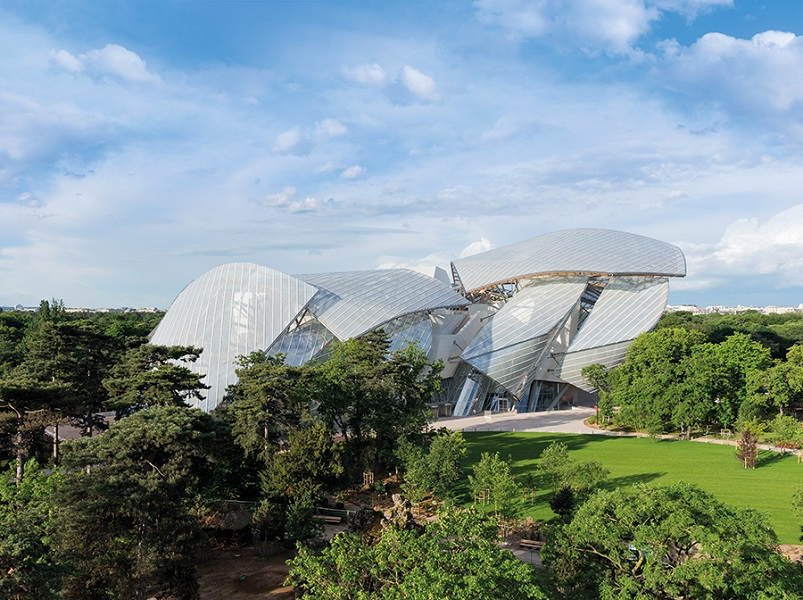 The grounds of the Fondation Louis Vuitton in a park on the edge of the 16th arrondissement.