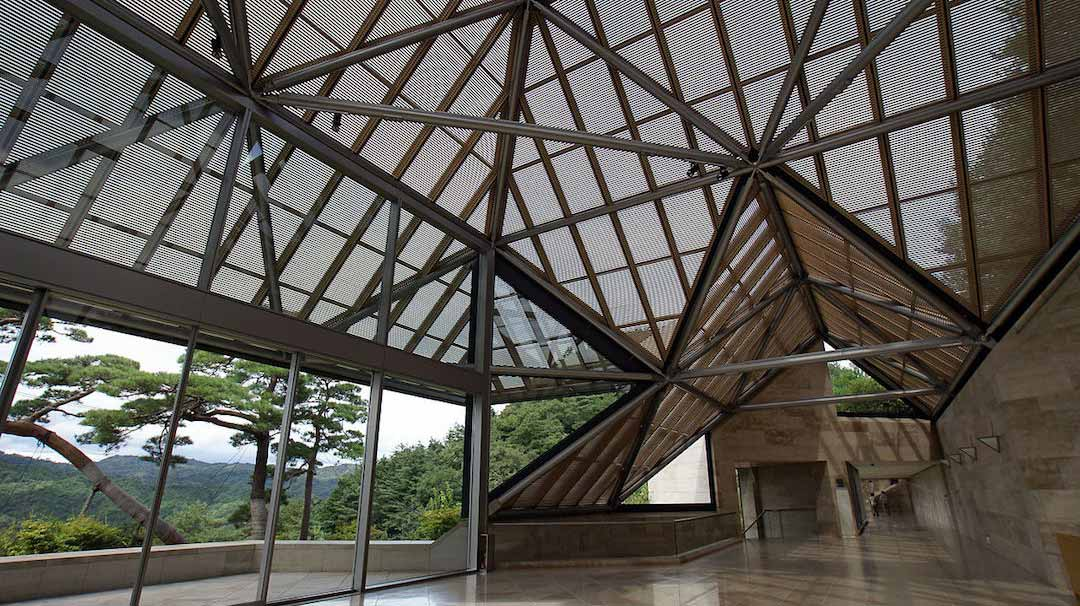 1280px-Miho_museum05s3872_resize