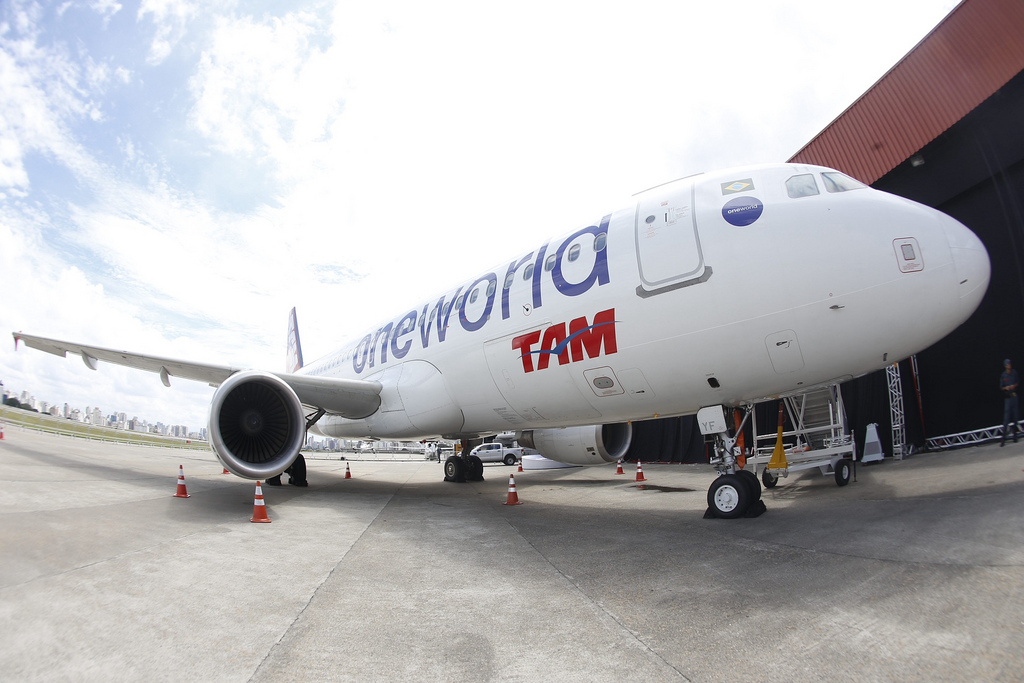 A TAM plane in Oneworld livery.