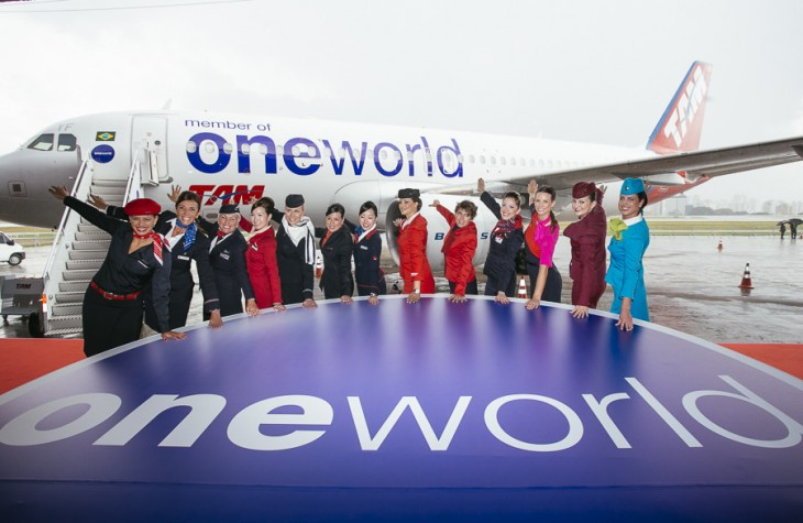 Oneworld alliance flight attendants at the TAM entrance.