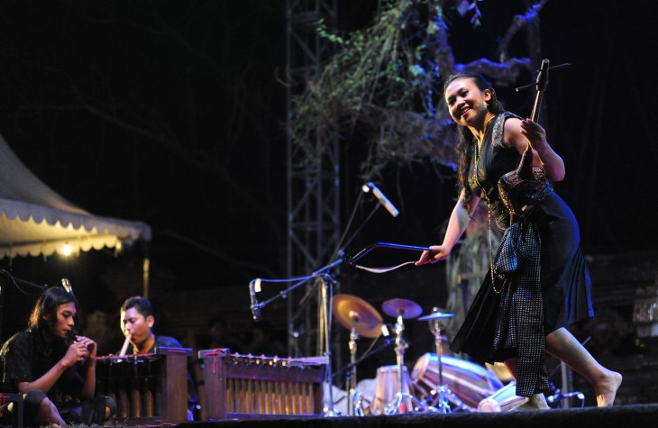 Nighttime events range from dance and musical acts to poetry performances.