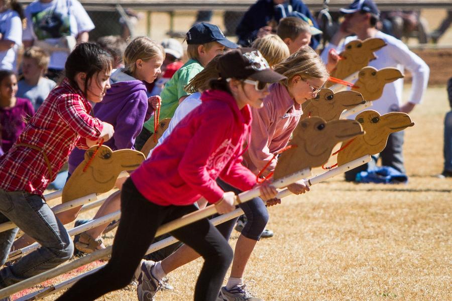 Kids join in the race fun.