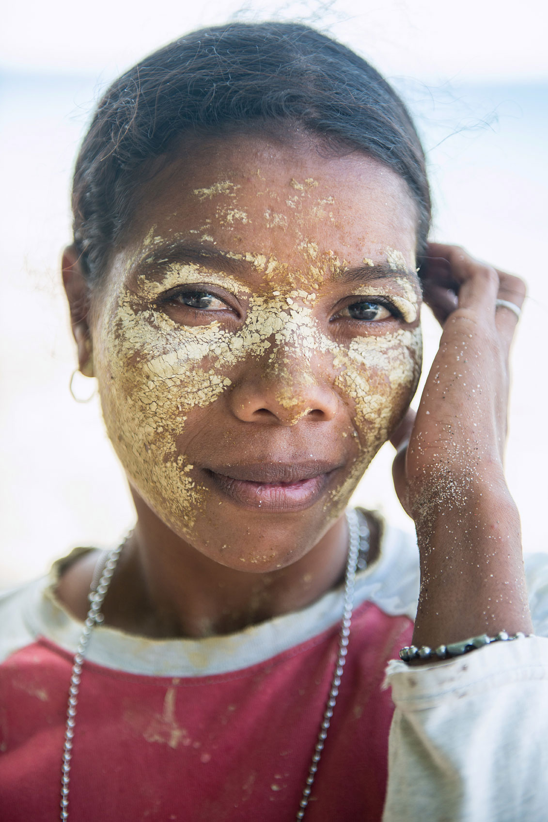 A face mask of rice and turmeric is a popular beauty aid.
