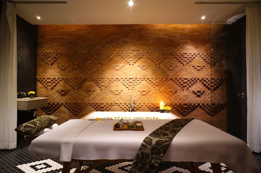Treatment rooms feature modern Balinese design.