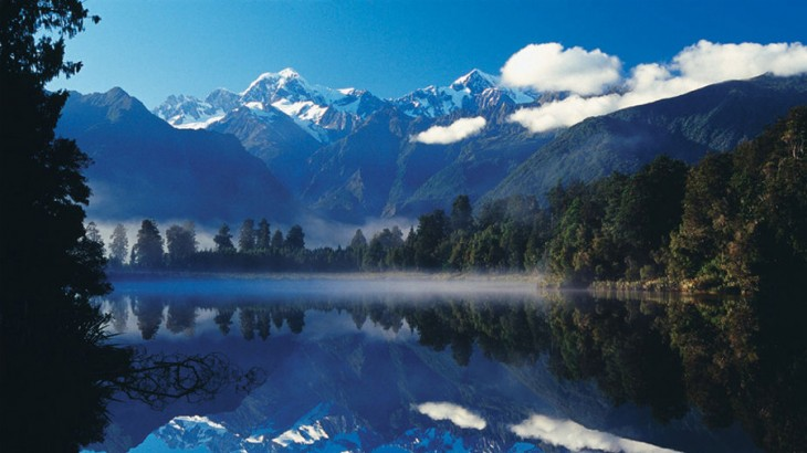 Mount Cook in New Zealand was the stunning backdrop of some of the aerial shots in The Hobbit: An Unexpected Journey. (Photo: newzealand.com)