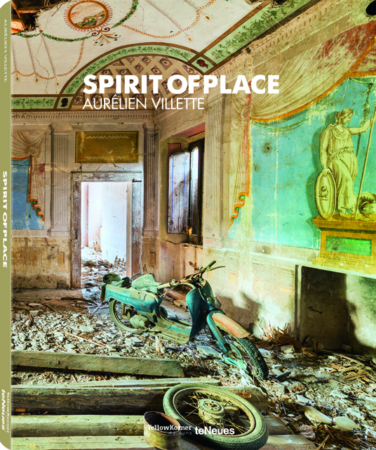 Aurélien Villette and Spirit of Place went on an exhibition tour throughout Europe in February 2015.