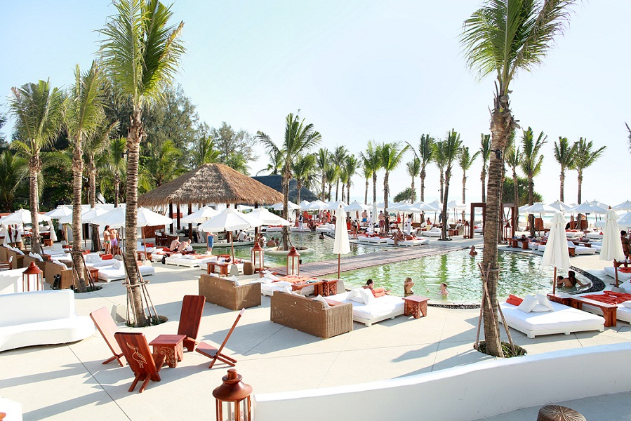 Nikki Beach has upped the local ante for beachside bacchanalia with sunset fire shows and didgeridoo sessions.