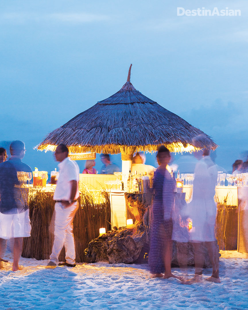 Sundowners at Kanuhura's Iru Beach Club.