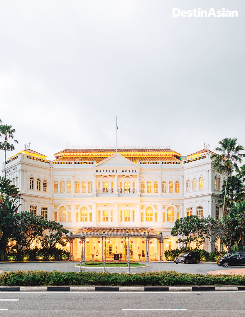 The famous facade of Singapore's most storied hotel.