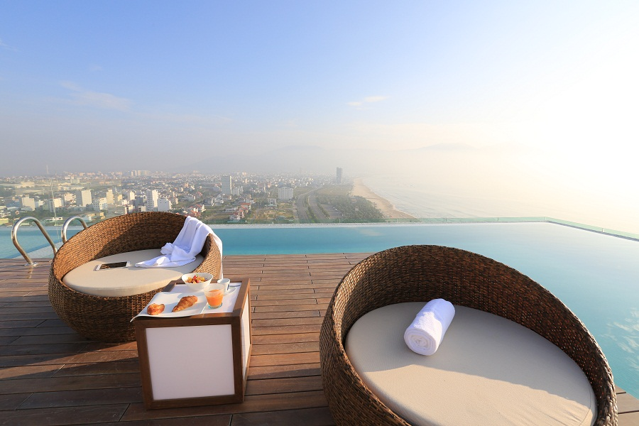 From the roof, views of Da Nang give way to those of the ocean.