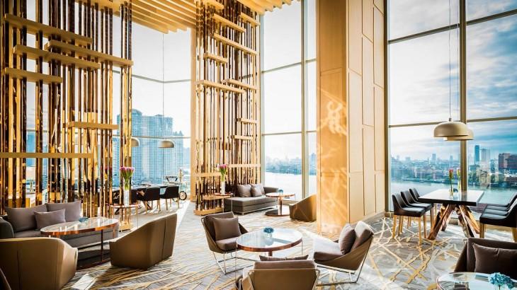 avani-riverside-bangkok-lobby