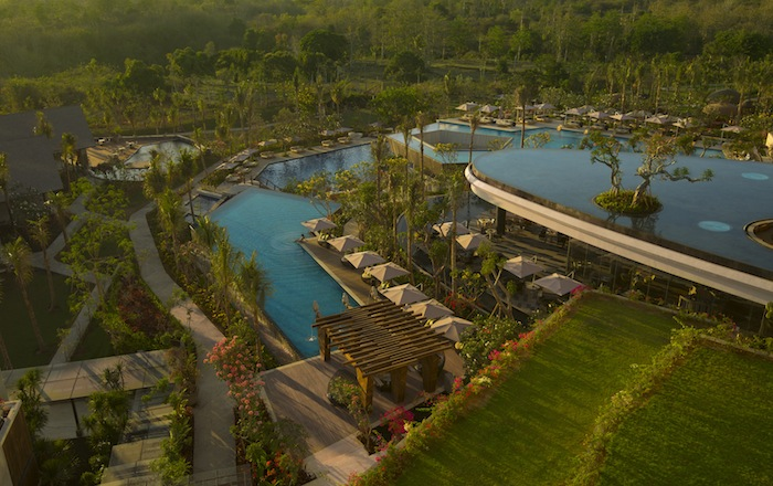 The lush, tiered pool of Rimba.