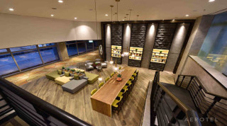 Aerotel_Library-Lounge-(8)