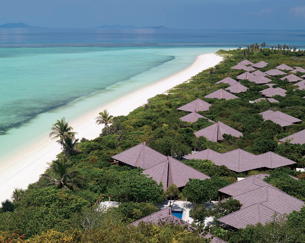 Enjoy a four-night wellness retreat at the Amanpulo in the Philippines.