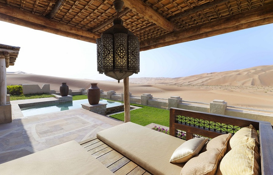 The villas, each with their own terrace, look out across uninterrupted desert landscapes.