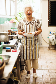 Aunt Priew cooking up a storm in her Chiang Rai kitchen