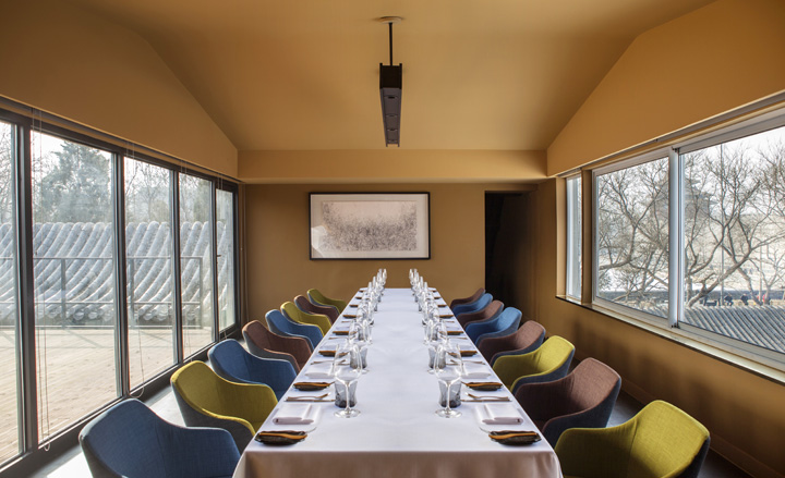 The Courtyard's private dining room. Photograph courtesy of Brian McKenna @ The Courtyard.