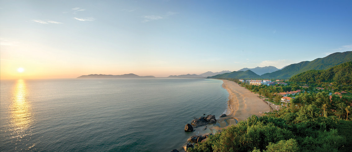 The Banyan Tree Lăng Cô has views of the East Sea and the Annamite mountain range.