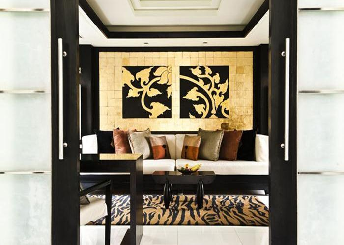 The all-suite Banyan Tree Phuket is the original property for the group.
