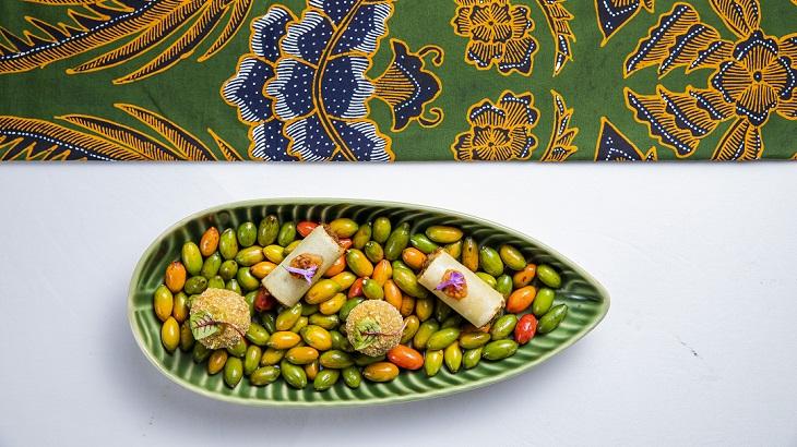 Grand Hyatt Jakarta Rolls Out Batik-Inspired Afternoon Tea