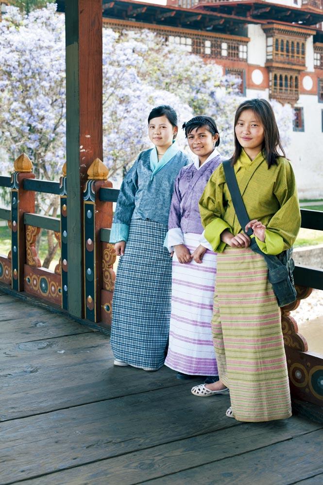 At the entrance to Punakha Dzong.