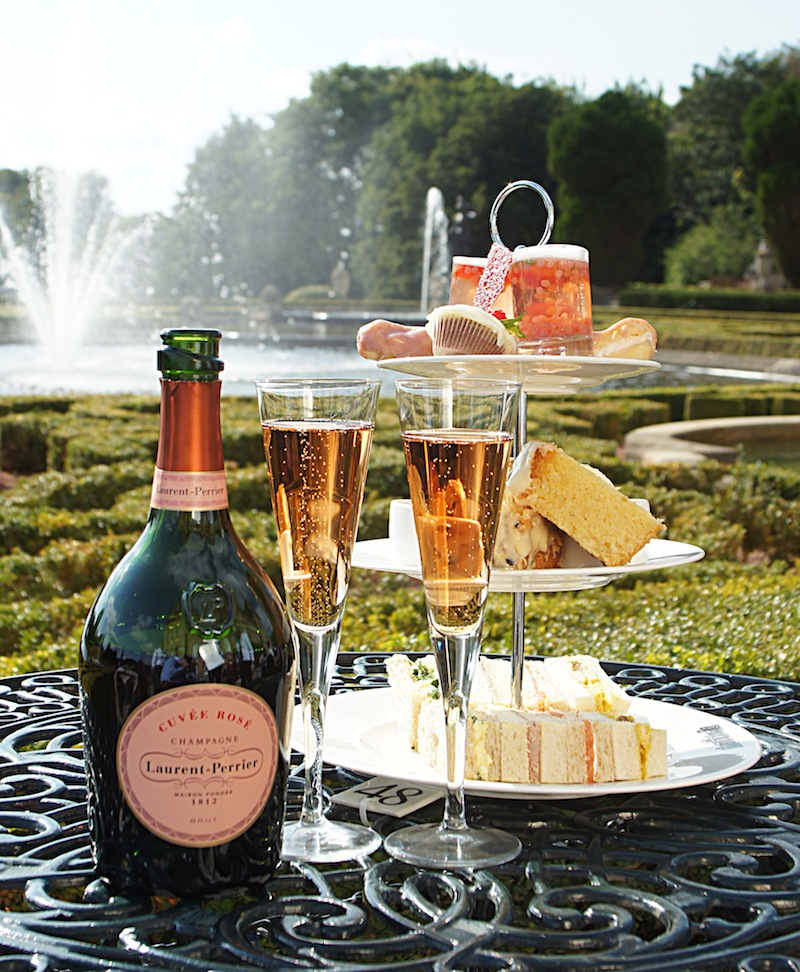 Blenheim Palace celebrates National Champagne Week with a special champagne lunch.