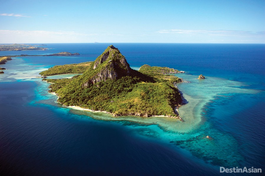 Sawa-i-Lau Island, located off the southern tip of Yasawa proper, is home to the sea caves featured in The Blue Lagoon.