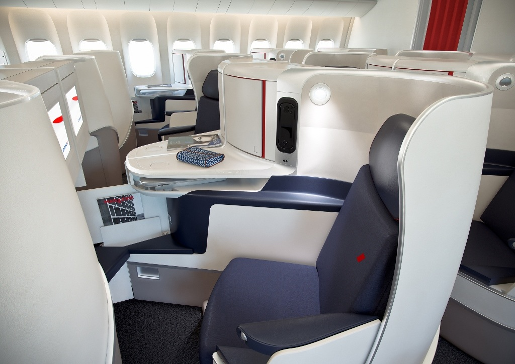 Business Class aboard Air France's Boeing 777.