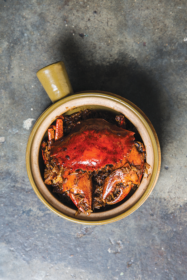 Claypot mud crab with sticky rice at Sohofama.