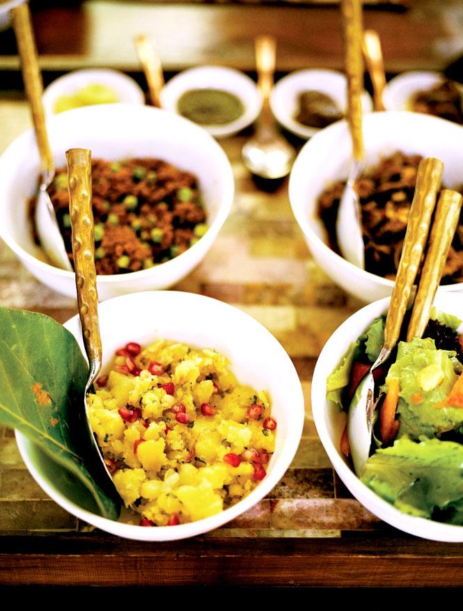lunch at Mahua Kothi.