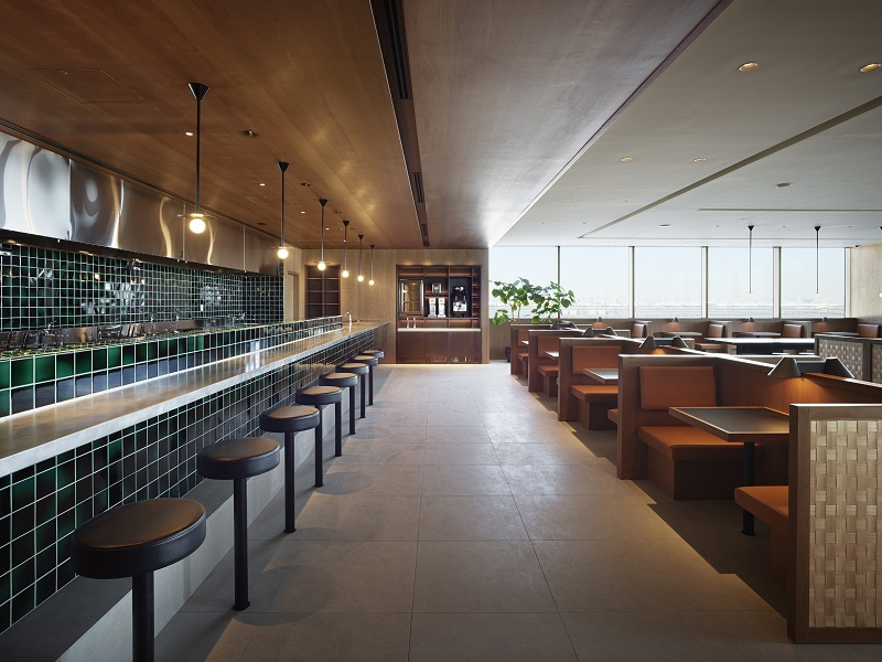 The Noodle Bar, on the left, in the Haneda lounge.