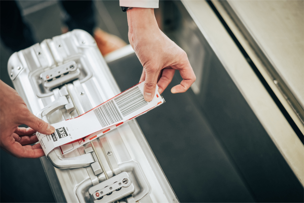 Those departing from Hong Kong can now print their own baggage tags.