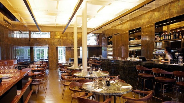 The restaurant was designed by Clément Blanchet, most known for designed the Serpentine Summer Pavilion together with Rem Koolhas in 2006.