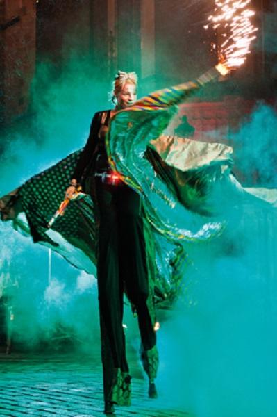 A circus performer from Pilsen's Le Cirque Nouveau program.