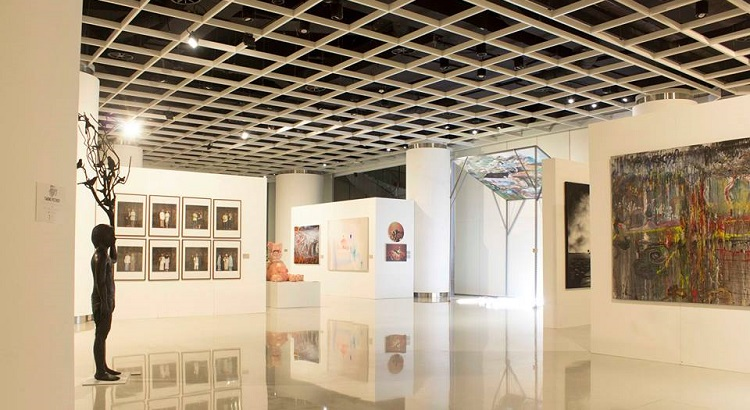 The Ciputra Artpreneur gallery regularly holds exhibitions by Indonesian artists.