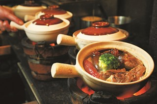 clay-pot-rice-hong-kong-winter