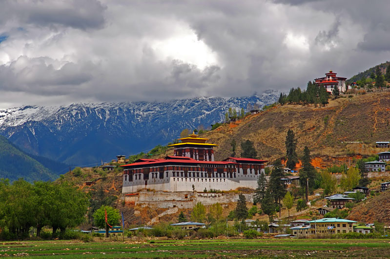 Bhutan Airways will fly between Bangkok and Paro daily starting on October 10.