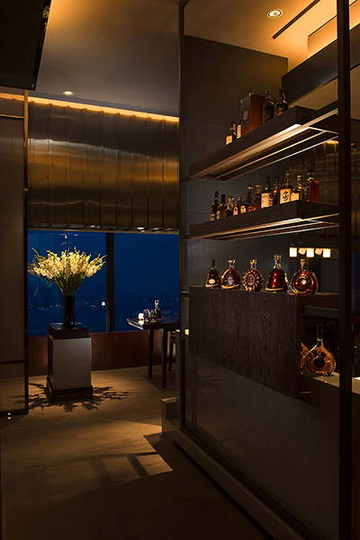 Perched on the 37th floor with stunning views, 37 Grill & Bar fare is prepared in open kitchens and has an extensive wine cellar.