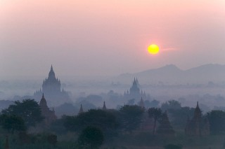 AirAsia to increase flight to Myanmar, image by Corbis.