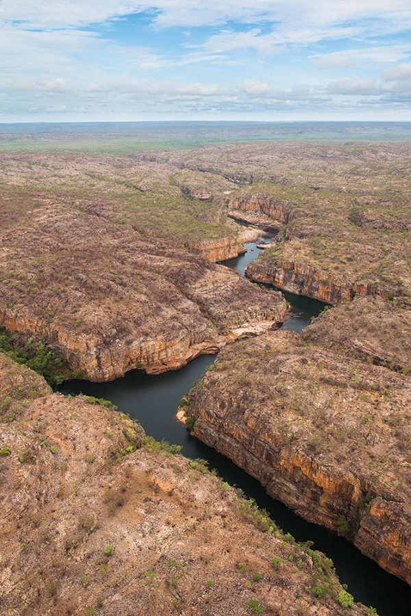 A bird's-eye view of the Katherine River as it cuts through the ancient sandstone of the gorge.