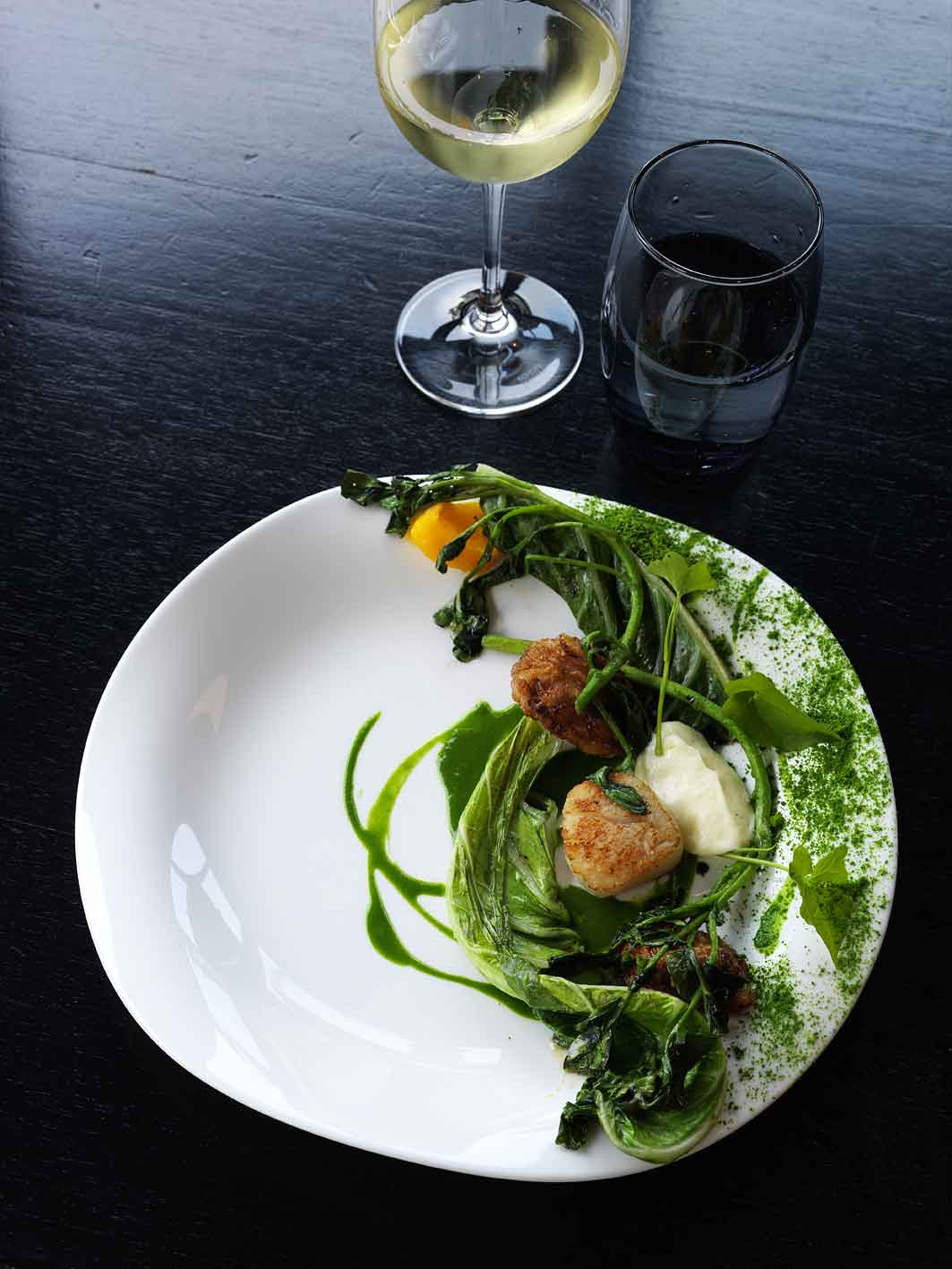 A seasonal offering of roast scallops and veal sweetbreads at Gastro Park.