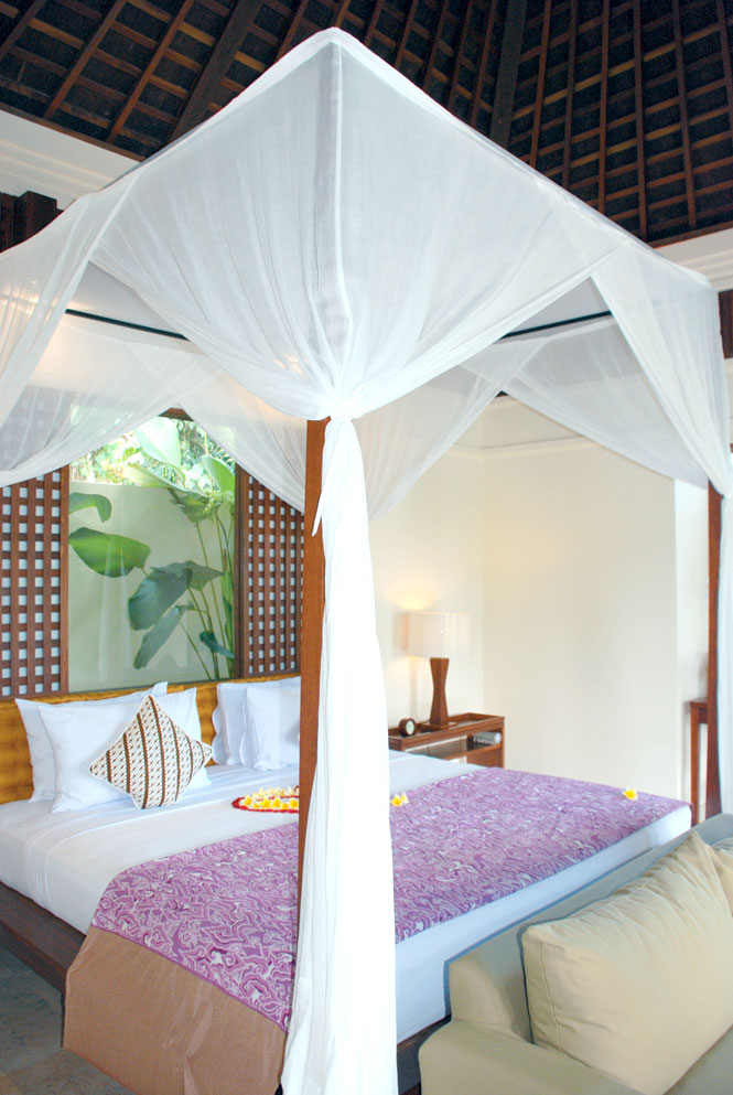 The bedroom in Villa 110.