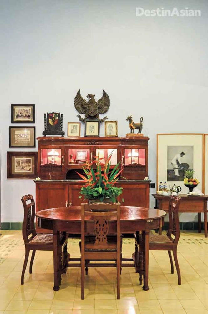 Tugu Blitar's Sang Fajar suite is dedicated to the memory of Sukarno.