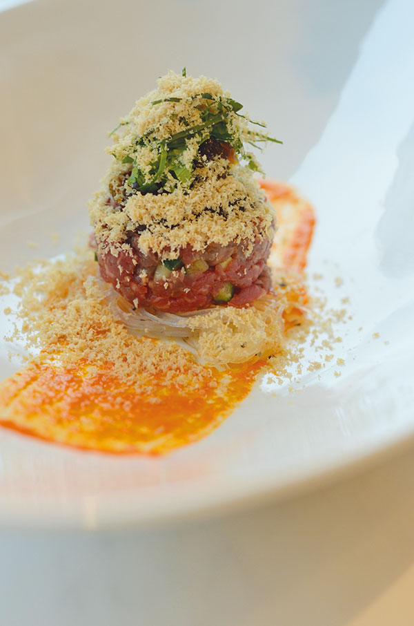 Que's take on beef pho tartare.