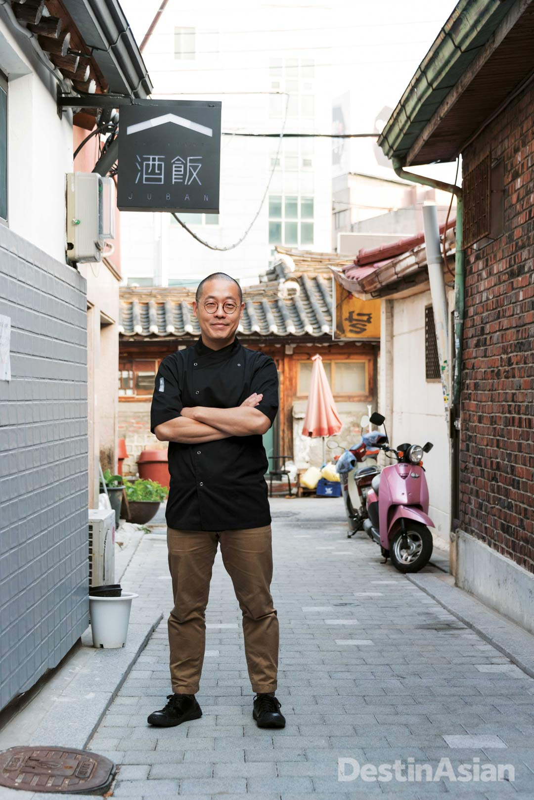 Chef Taeyoon Kim outside his newest Seochon restaurant, Sajikdong Juban.