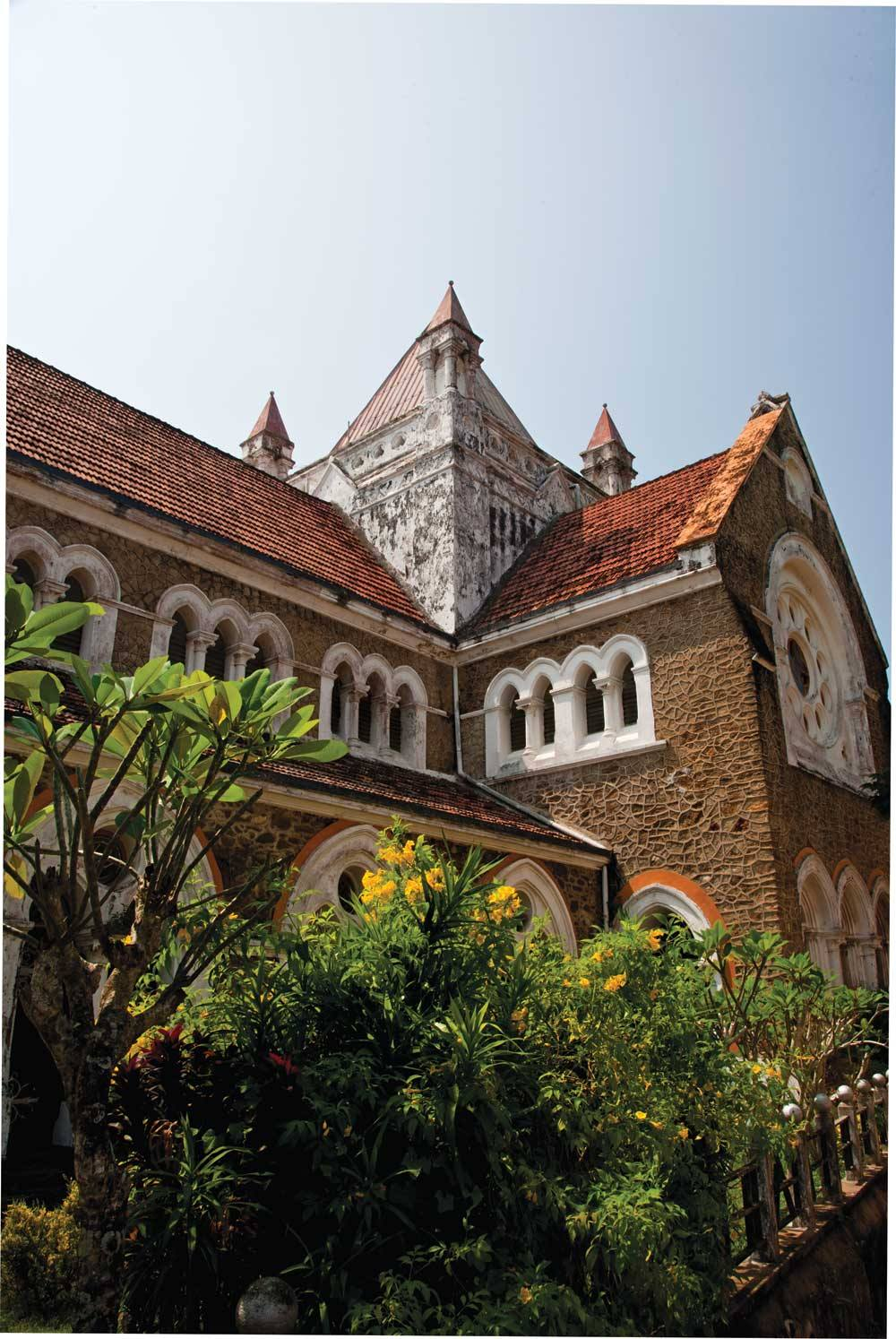 One of the many historic buildings in Fort Galle.