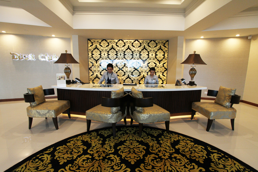 Dusit-Club-Lounge-Reception